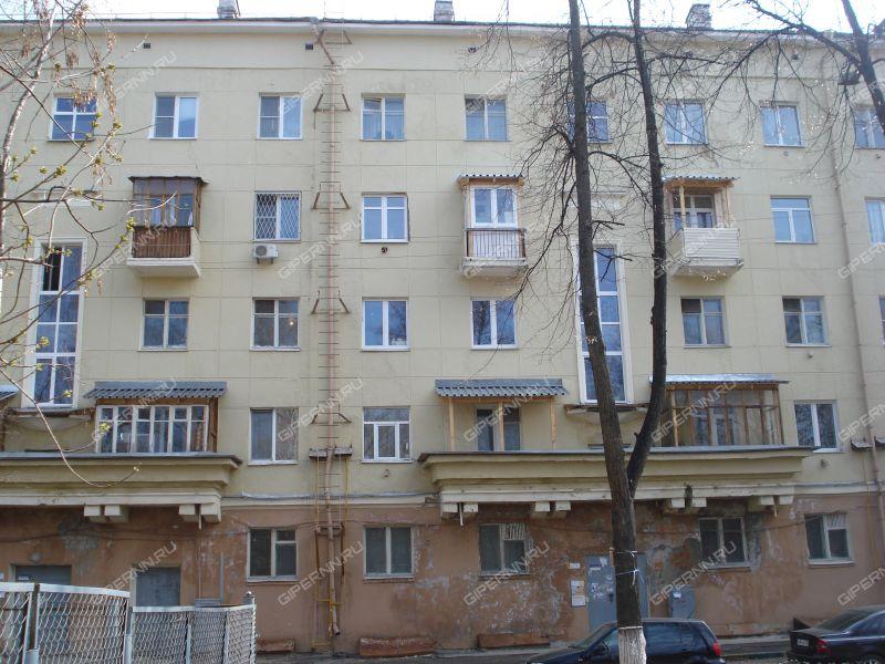 трёхкомнатная квартира на улице Краснодонцев дом 1