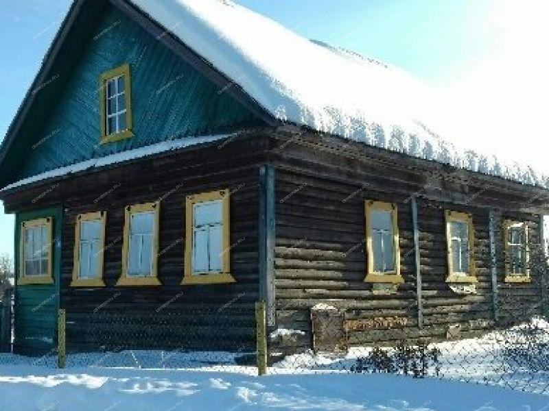 дом на улице Кооперативная посёлок Фанерное